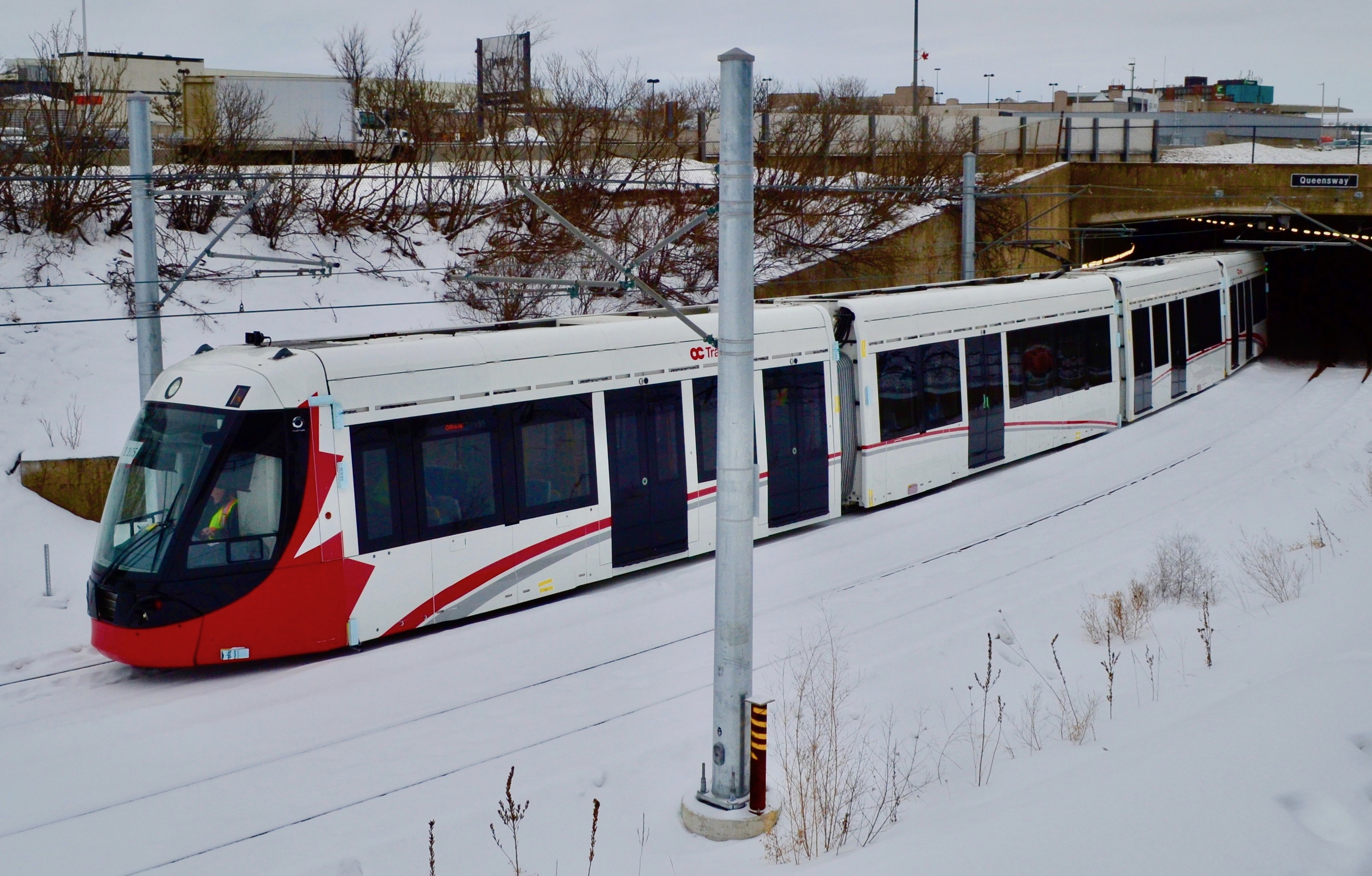 Ottawa selects rail partners
